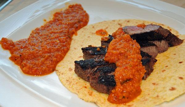carne asada con salsa